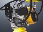 Вибротрамбоска MR68H. Защитная рама для двигателя